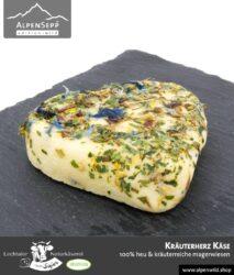 Kräuterherz Käse in Herzform   100% Heu und kräuterreiche Magerwiese   Lechtaler Naturkäserei in Tirol   100% Heumilch   55% F.i.T.